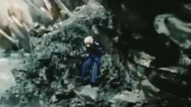 Godzilla vs. Megaguirus (3)
